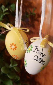 easter eggs on wreath