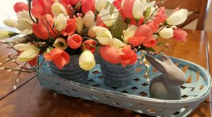 bunny centerpiece with coral flowers Easter decorating ideas