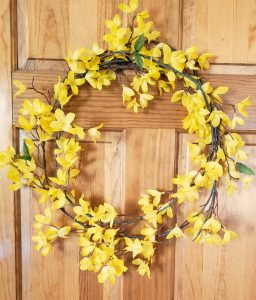 simple forsythia wreath